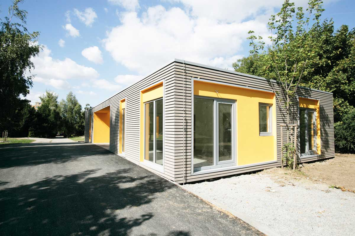 OUTBUILDING FOR A CHILDREN´S TRAFFIC LEARNING AREA